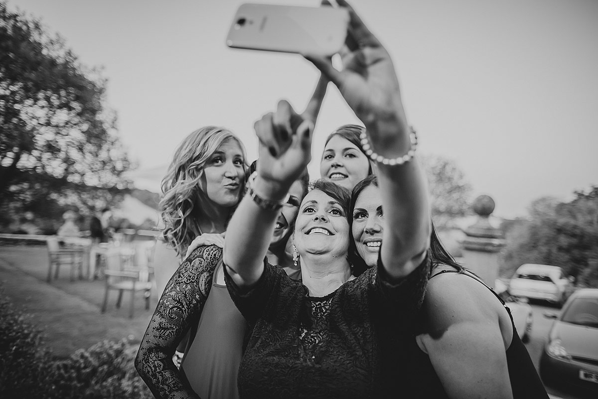 Langdon-Court-Wedding-Photographer (140)