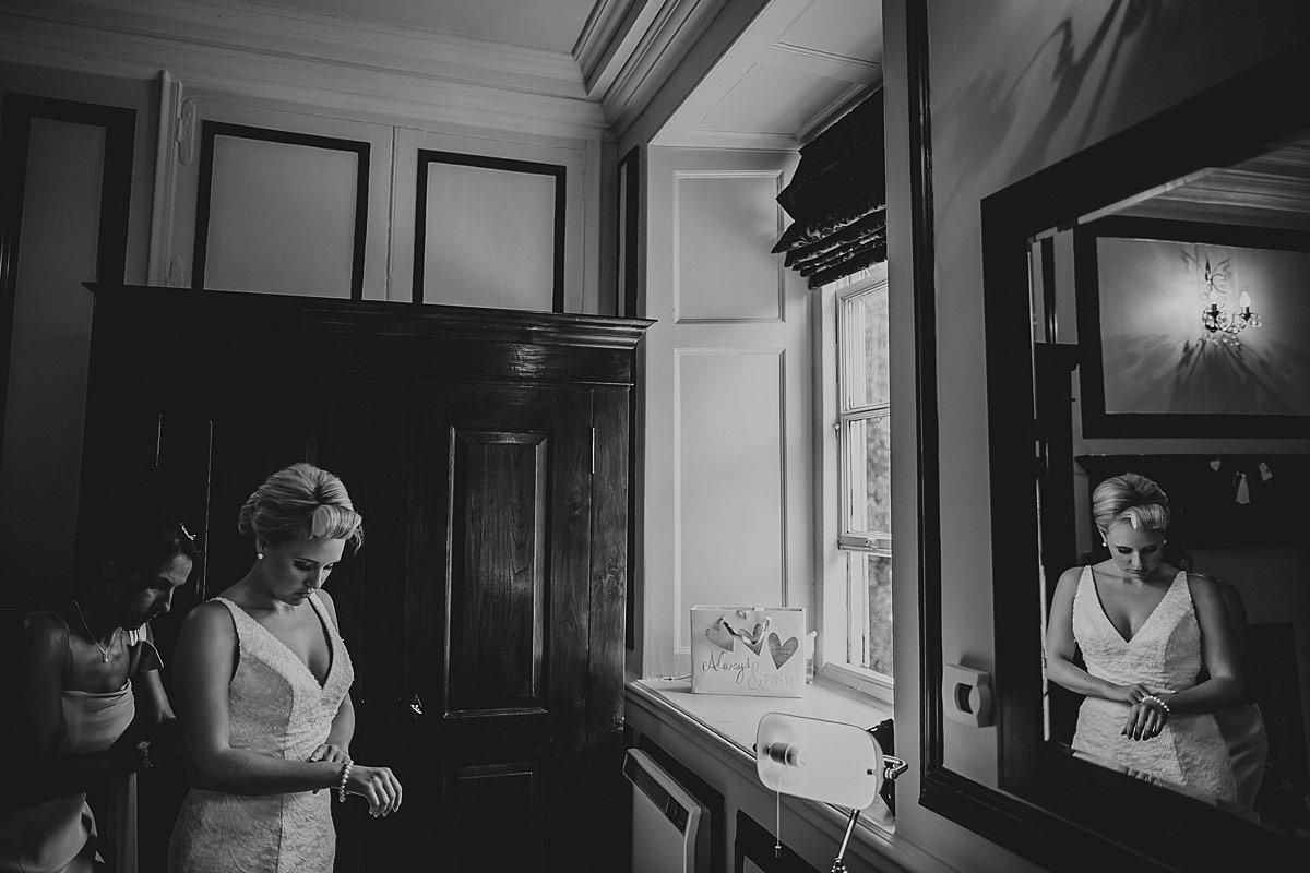 Langdon-Court-Wedding-Photographer (28)