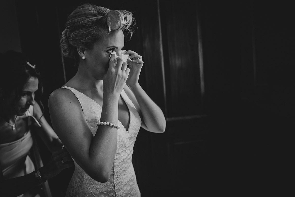 Langdon-Court-Wedding-Photographer (30)
