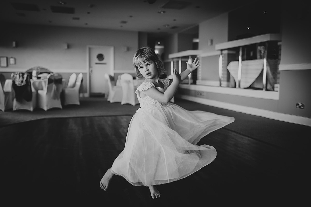 reportage-wedding-photographer-south-west (155)