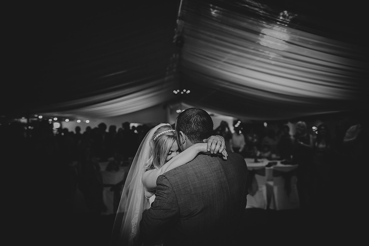 reportage-wedding-photographer-south-west (167b)