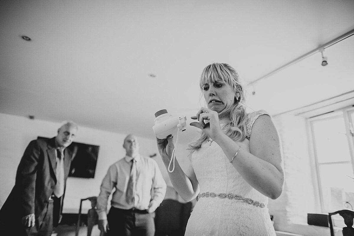 reportage-wedding-photographer-south-west (35)