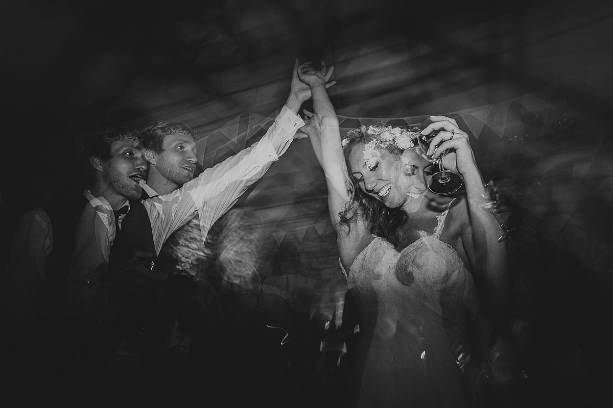 reportage-wedding-photographer-south-west (45)