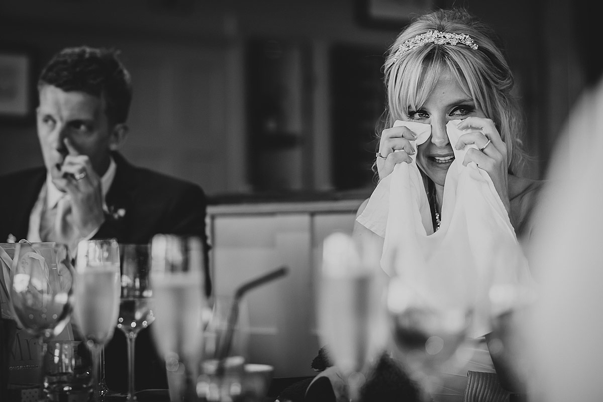reportage-wedding-photographer-south-west (47b)