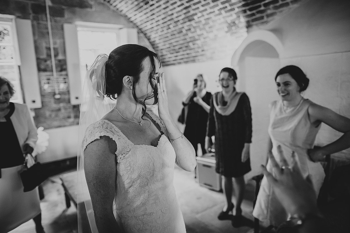 reportage-wedding-photographer-south-west (98b)