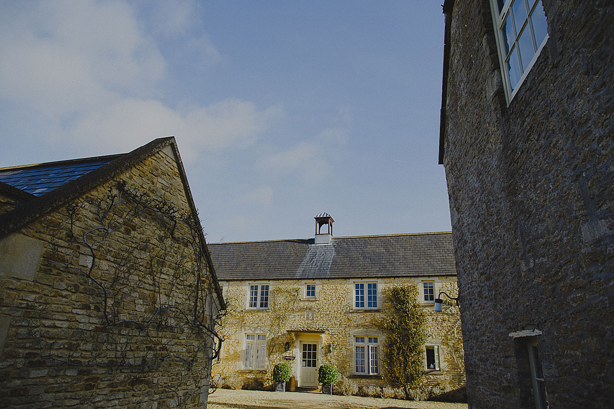 guyers-house-documentary-wedding-photography-corsham (1)