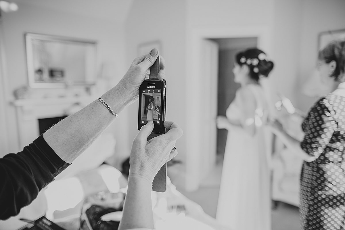 guyers-house-documentary-wedding-photography-corsham (8)
