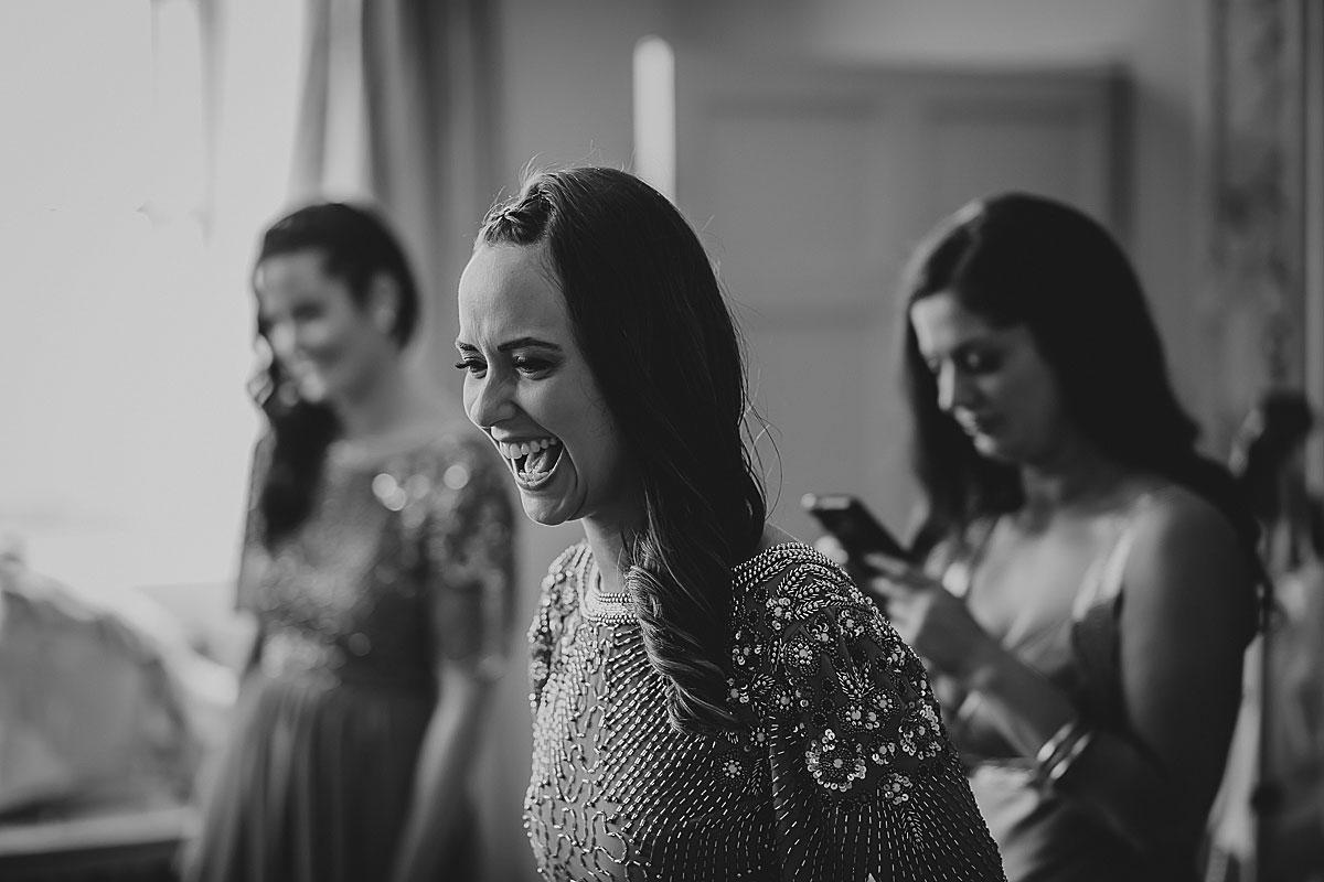 Aynhoe-Park-Wedding-Photographer (20)