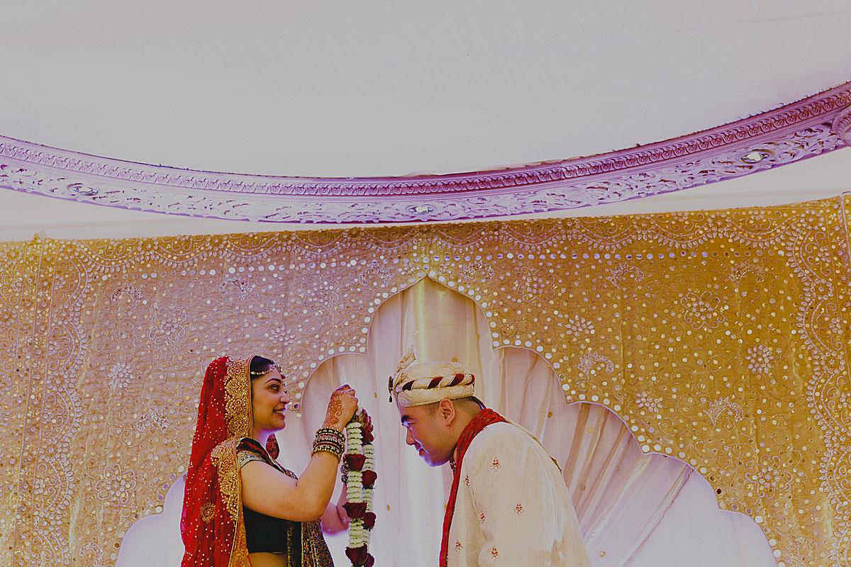 documentary-hindu-wedding-photographer-london (20)