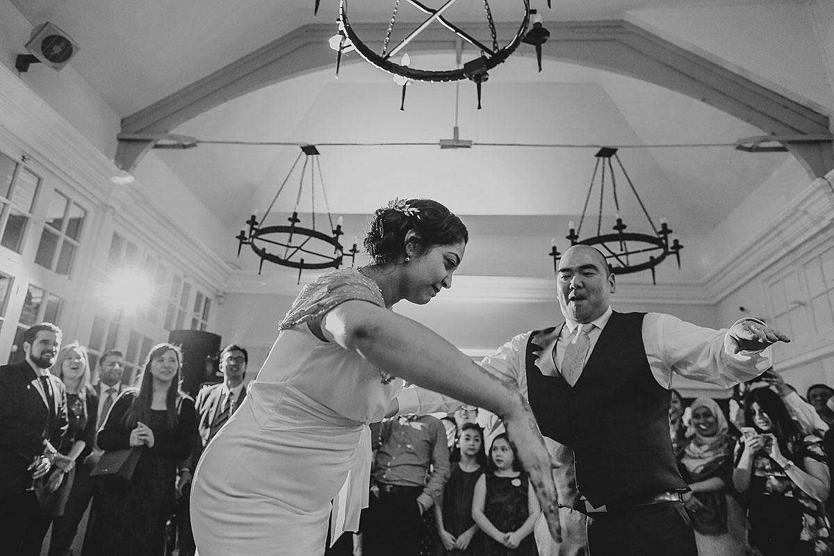 documentary-hindu-wedding-photographer-london (50)