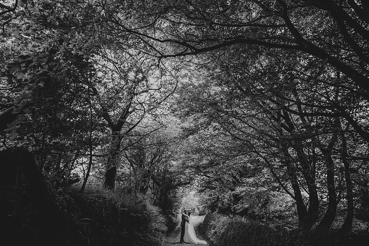 wedding photographer trevenna barns