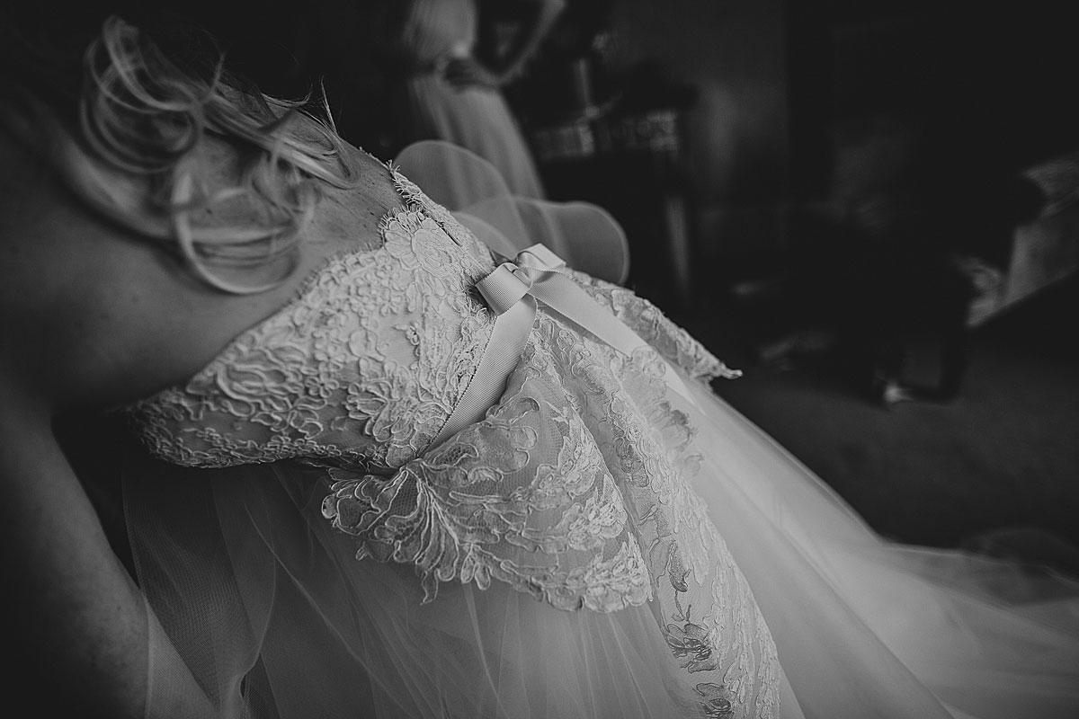 Kew-Gardens-Wedding-Photos-Black-and-white-wedding-photography (13)