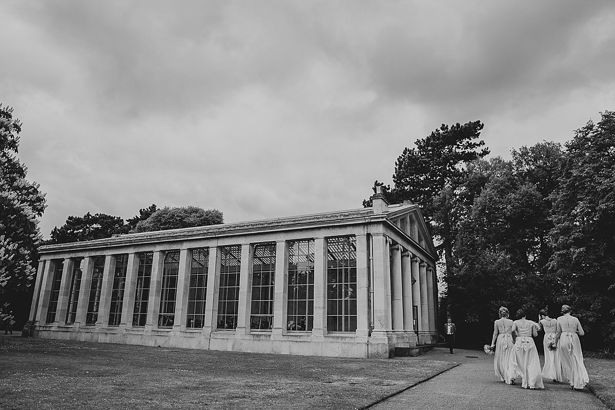 Kew-Gardens-Wedding-Photos-Black-and-white-wedding-photography (17)