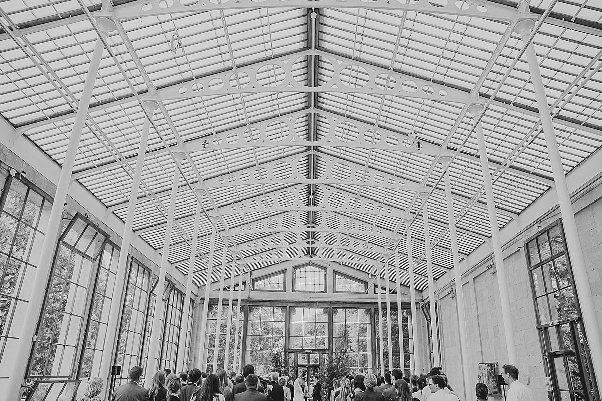 Kew-Gardens-Wedding-Photos-Black-and-white-wedding-photography (19)