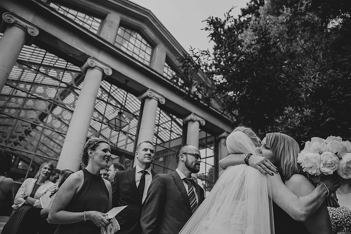 Kew-Gardens-Wedding-Photos-Black-and-white-wedding-photography (23)