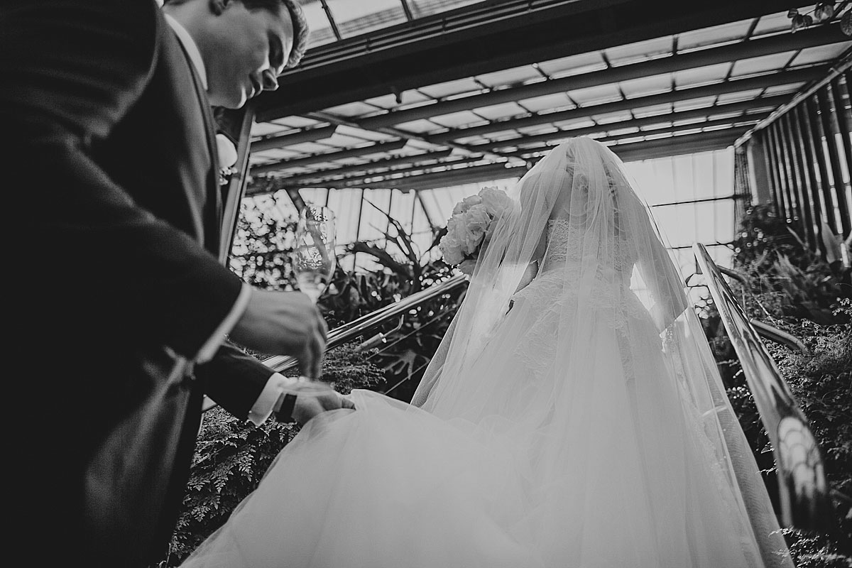 Kew-Gardens-Wedding-Photos-Black-and-white-wedding-photography (25)