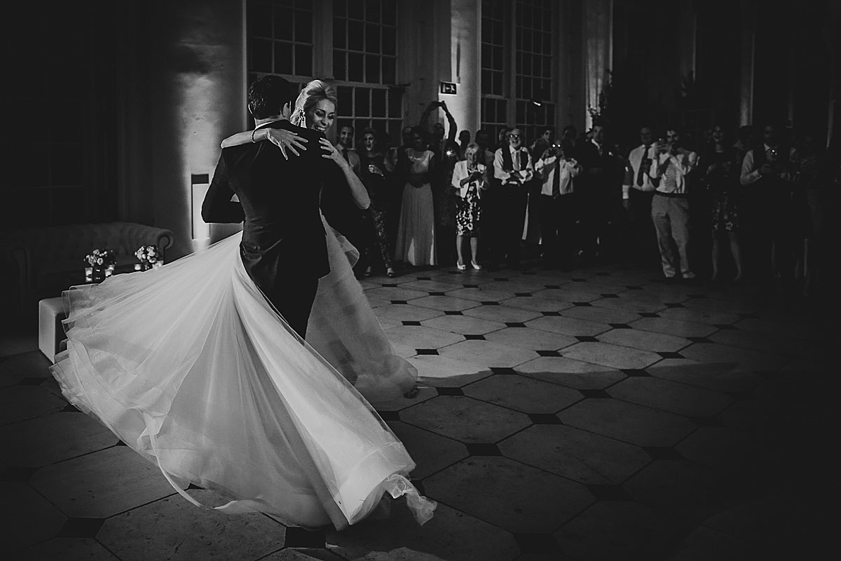 Kew-Gardens-Wedding-Photos-Black-and-white-wedding-photography (32)