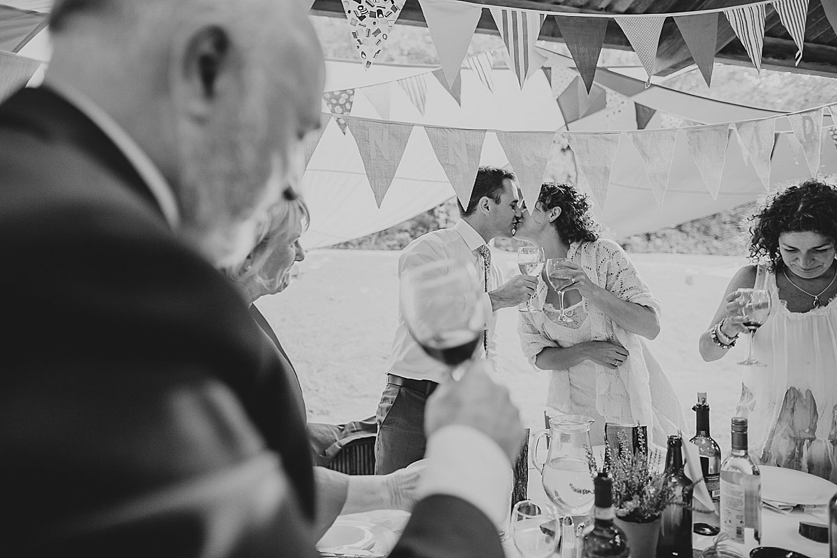 yurt-camp-devon-wedding-photographer (17c)