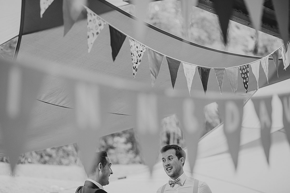 yurt-camp-devon-wedding-photographer (18)