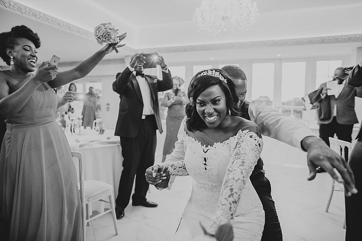 froyle-park-wedding-photographer (39)
