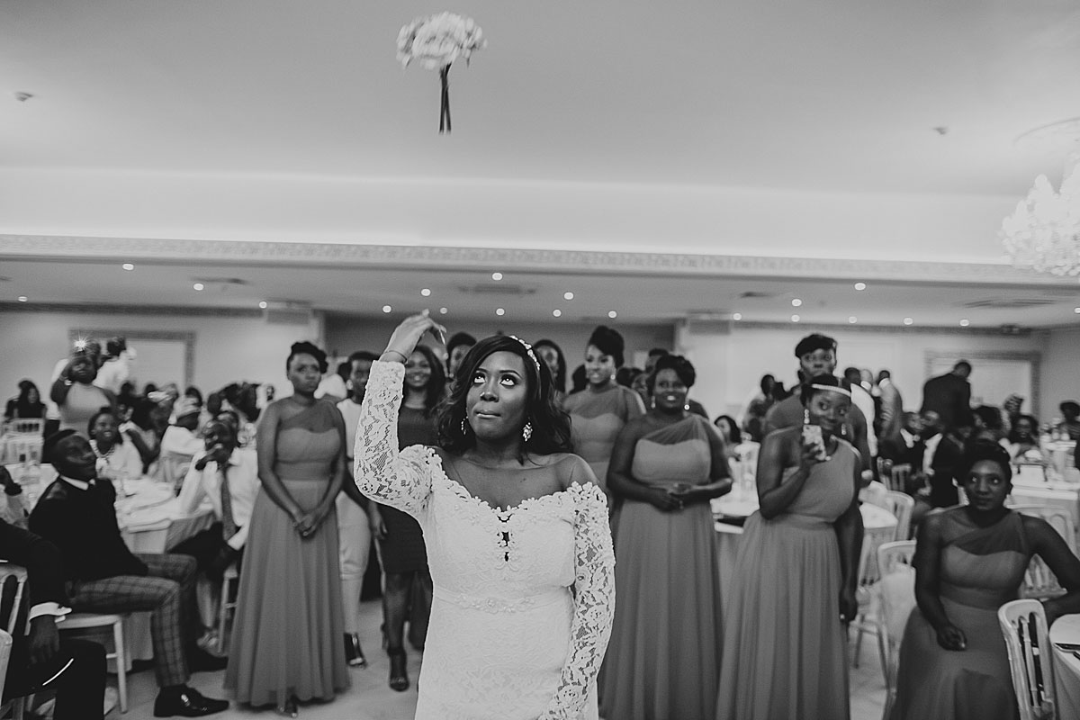 froyle-park-wedding-photographer (51)