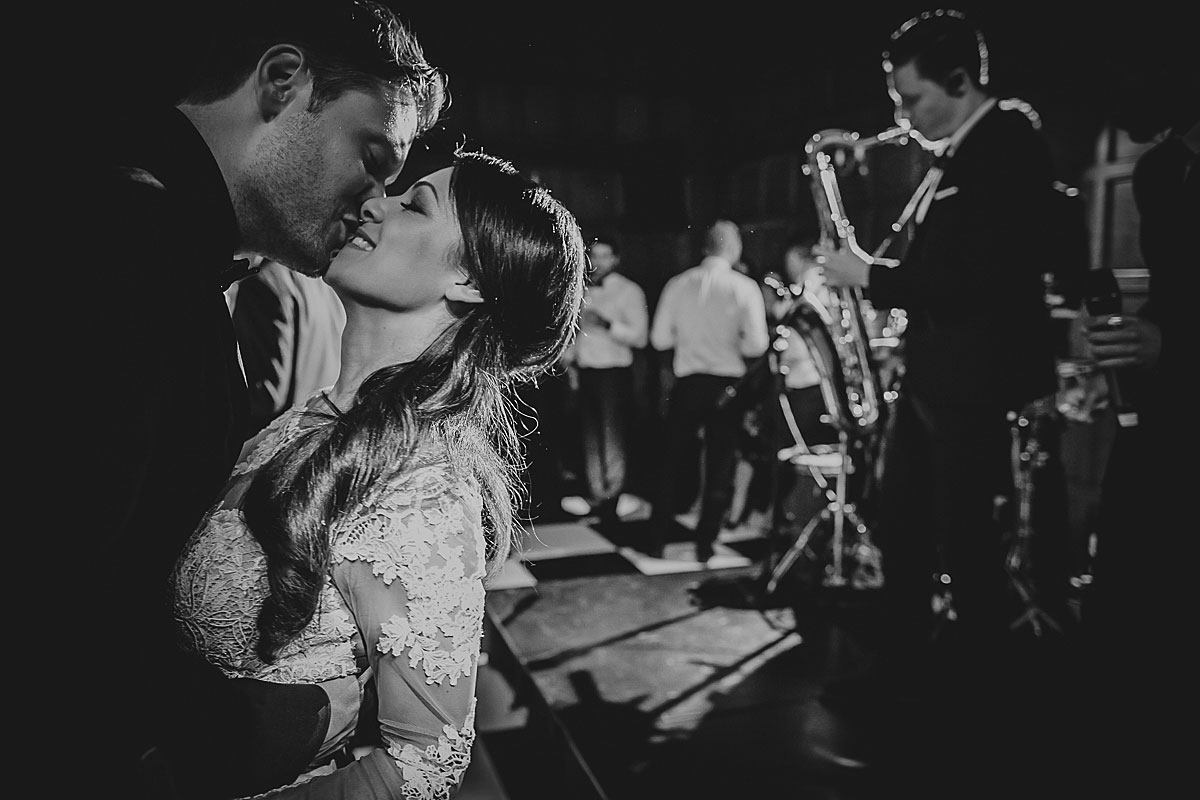 hengrave hall wedding photographer - first dance