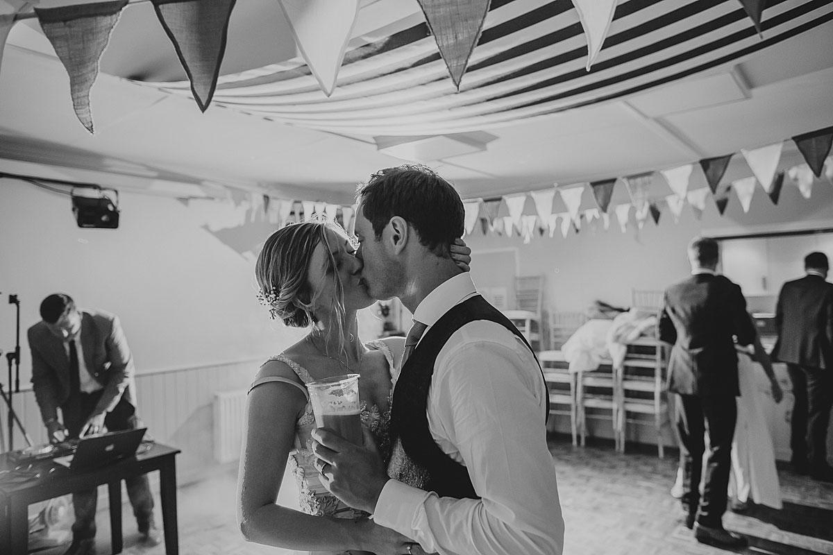 bamburgh-castle-wedding-photos-46